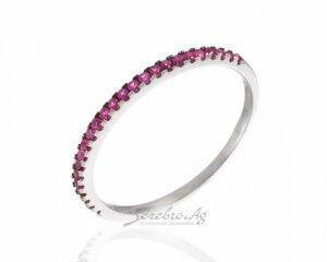 Тонкое кольцо с микросетингом камней разных цветов, серебро 925 пробы